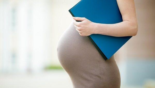 Se puede terminar el contrato de prestación de servicios a una embarazada?