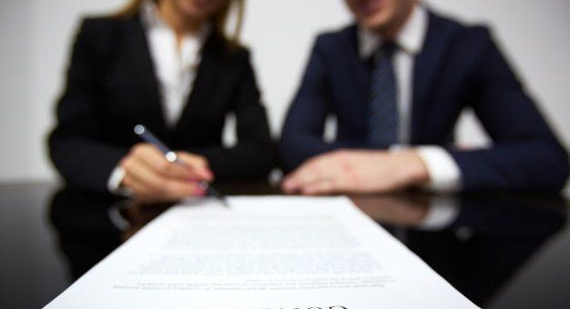¿Un contrato laboral a término fijo puede convertirse a términoindefinido?
