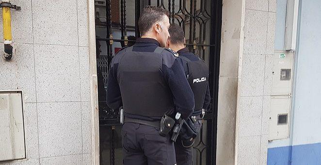 Cuando puede ingresar la Policia a un inmueble sin orden escrita?