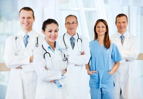 Mira aquí una nueva oportunidad de estudios para Médicos Colombianos.