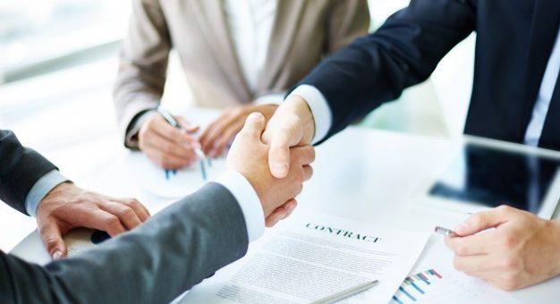 ¿Cuándo puede decirse que existe un contrato laboral?