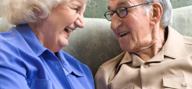 ¿Si solicito la pensión de sobrevivientes del cónyuge fallecido me quitan la pensión de vejez que recibo?