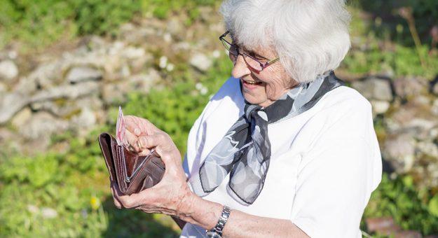 ¿Aún los pensionados pueden pedir la mesada  14?