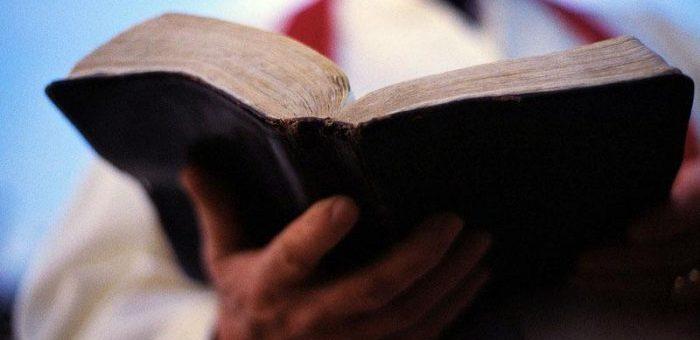 ¿Deben pagar EPS las Comunidades religiosas a sus pastores o sacerdotes?