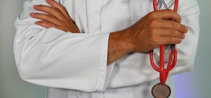 ¿Cuándo obliga a la EPS lo prescrito por un médico particular?