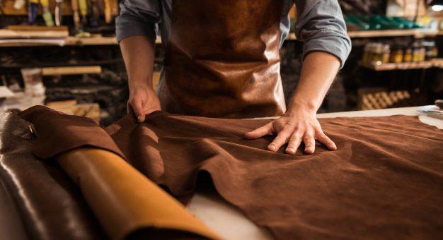 ¿Qué actividades de manufacturas están exceptuadas del aislamiento obligatorio?