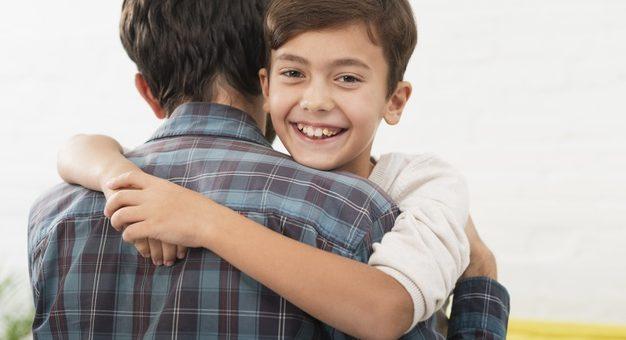 ¿Durante el aislamiento se debe cumplir el régimen de custodia y visitas de niños con padres separados?