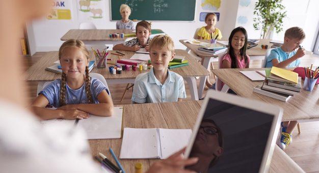 ¡Atención! Convocatoria para docentes en pensamiento computacional
