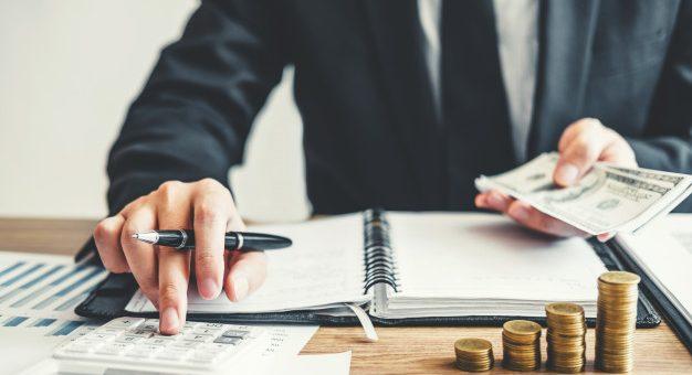 ¿Pueden descontarle al trabajador los aportes a pensión de abril y mayo del 2020?