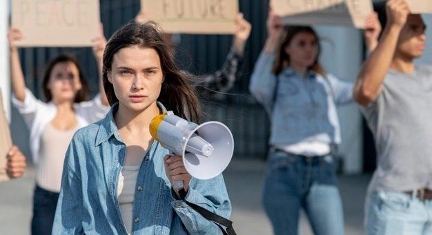 ¿Cuándo debe intervenir el ESMAD en una manifestación pública?